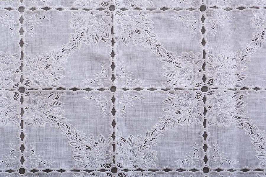 ALTA PVC csipke terítő 140x160 cm